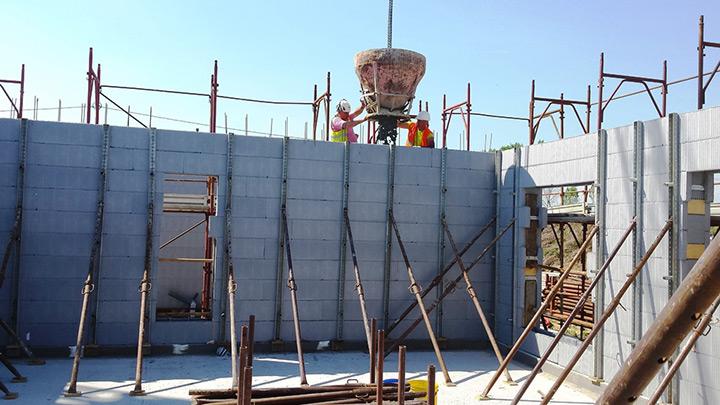 Sistema di casseri a perdere in Neopor® per pareti in c.a.