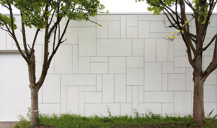 """EQUITONE [natura] N164 """"White"""": la facciata ventilata si veste di bianco"""