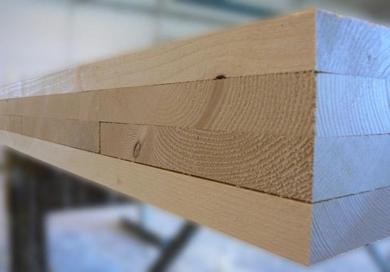 Casa in legno senza colle sintetiche